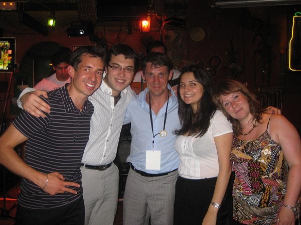 etudiants ESCEM vainqueurs prix concours CJD performance globale 2011 avec Michel Meunier
